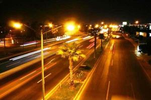 Efecto colateral del Metro de Santo Domingo: calles y avenidas iluminadas
