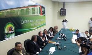 El equipo que hizo el anuncio de la construccion de la L3 o extencion de segunda linea del Metro de Santo Domingo