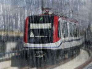 metro-lluvia torrencial