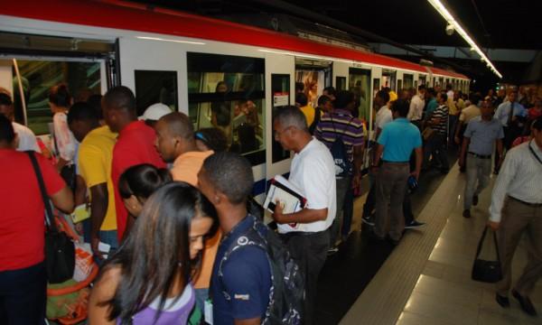 Resultado de imagen para Metro de Santo Domingo reanuda servicios