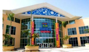 Plaza comercial Megacentro, la mas grande en la Zona Oriental donde convergen la mayoría de los barrios y sectores de la zona. Imagen: Google