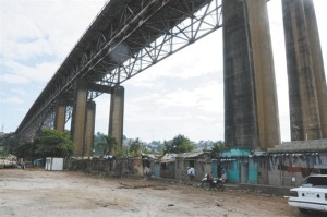 Metro - Puente de la 17