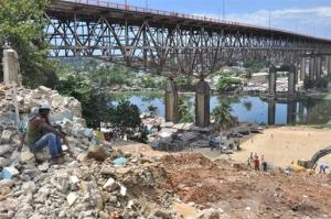 Metro - Puente de la 17 casas